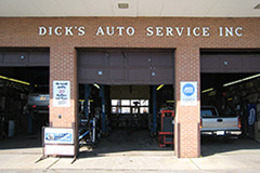 The Dick's Auto Service, Inc. building front.